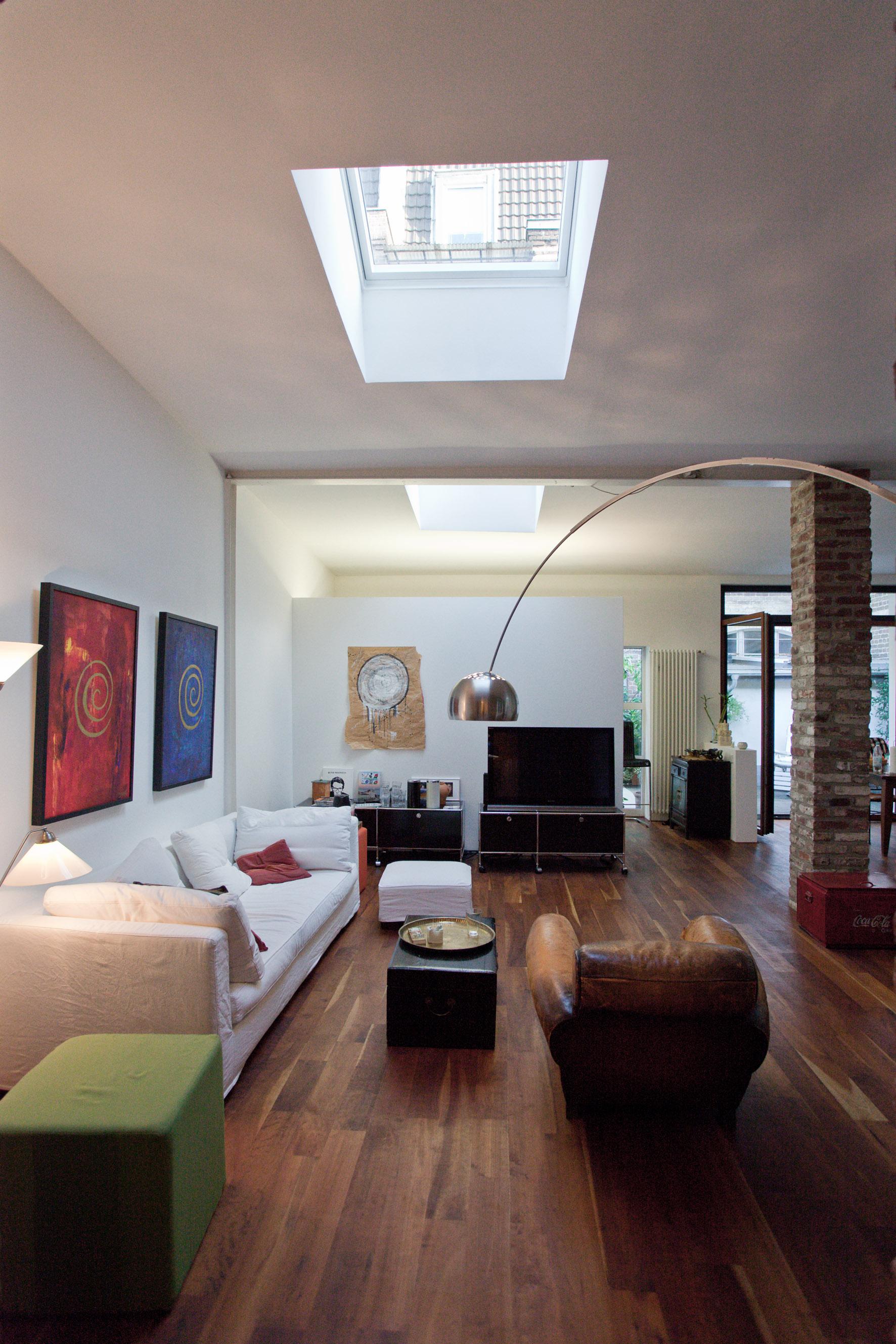 loft h h foreverarchitects. Black Bedroom Furniture Sets. Home Design Ideas